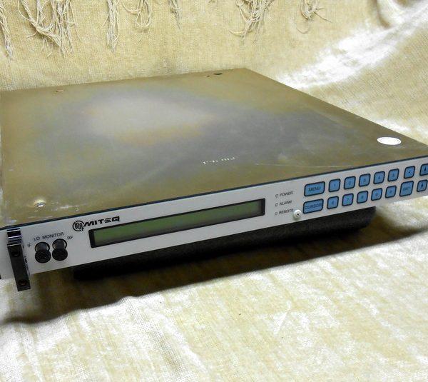 MITEQ U9796-6 KU UP CONVERTER