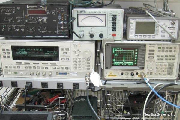 Spectrum Analyzer and frequency generator