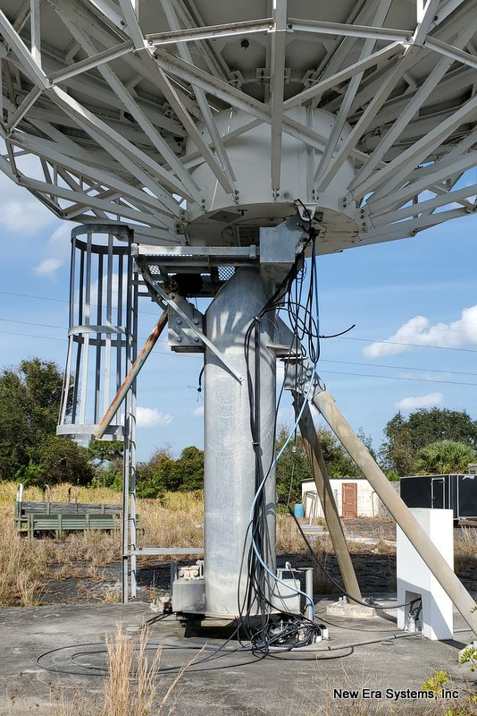 Vertex 9M C-Band Earth Station Antenna